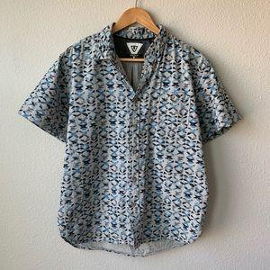 VISSLA | Short Sleeve Button Down Shirt X Pattern